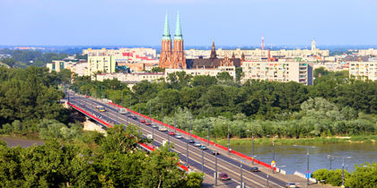프라가 폴루드니에(폴란드, 바르샤바)