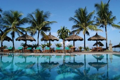 nusa dua cougars dating site Dating offers shop garden shop bookshop box office puzzles the laguna sits in a row of other upmarket hotels lining the golden sands of nusa dua beach.