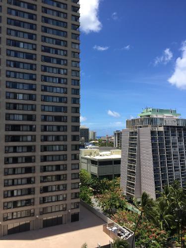 Ambassador Hotel Waikiki Rooms