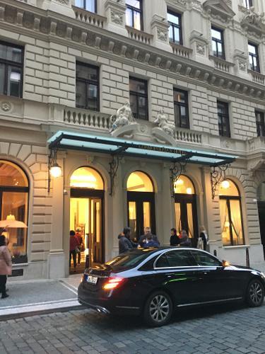 Cosmopolitan hotel prague in prague for Hotels in prague 1