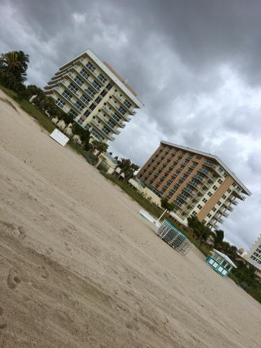Book Fort Lauderdale Marriott Pompano Beach Resort And Spa