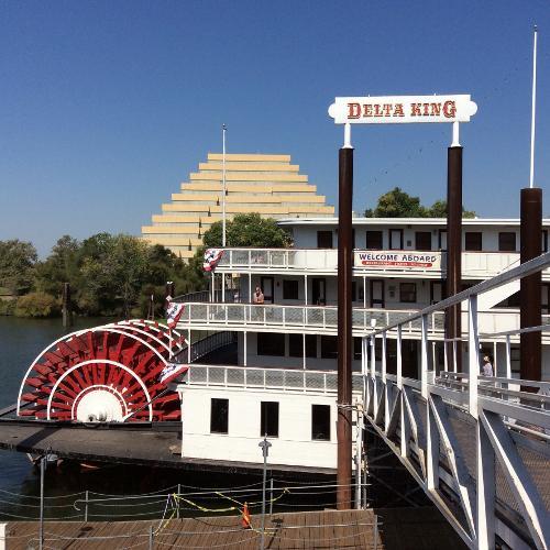 Book Delta King Hotel, Sacramento, California