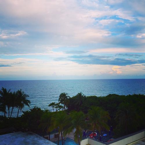 Jupiter Beach Resort Spa Hours