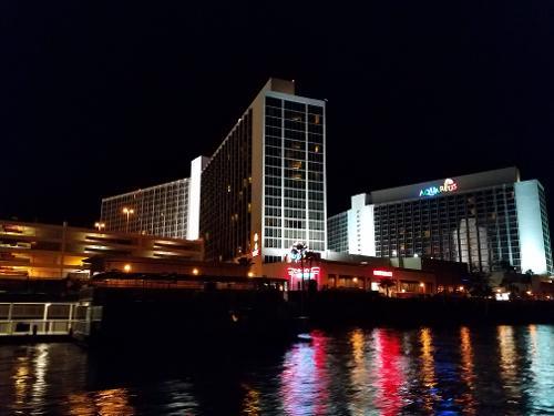 Aquarius casino resort laughlin reviews