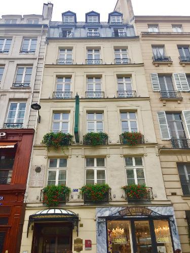 H tel au manoir st germain des pr s en par s for Hoteles en paris