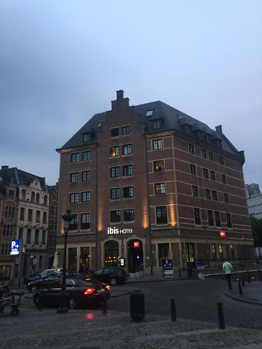 Ibis brussels off grand place in brussels for Hotel a bruxelles