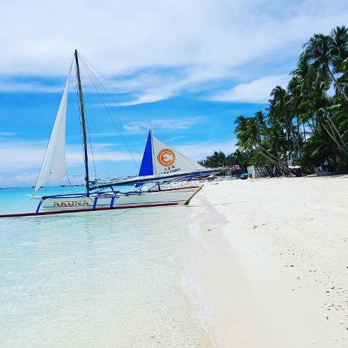 Boracay Beach: Book Villa Caemilla Beach Boutique Hotel, Boracay Island