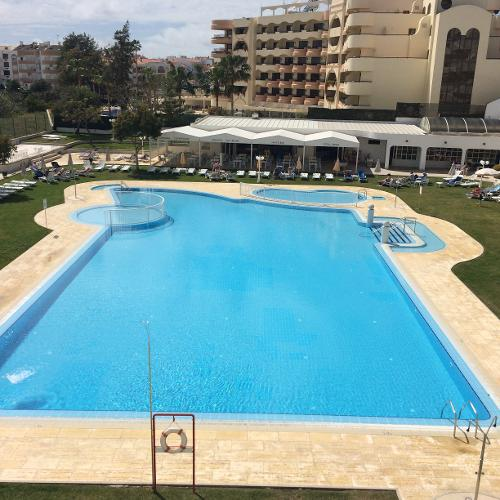 Brisa sol aparthotel in albufeira for Portugal appart hotel