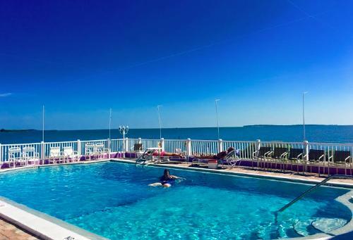 Cedar Key Beach Hotels