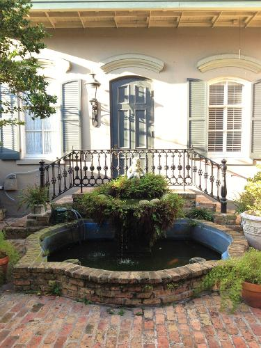 New Orleans Louisiana Hotel: Book New Orleans Courtyard Hotel, New Orleans, Louisiana