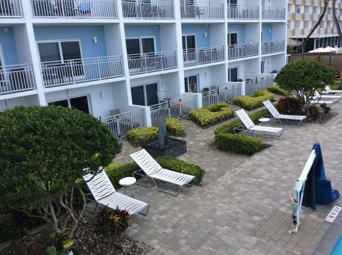 Book lotus boutique inn suites ormond beach from 99 for Lotus boutique hotel