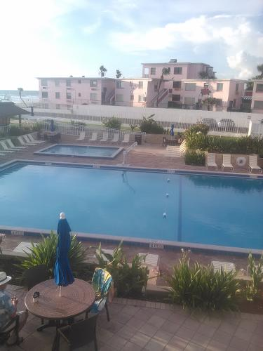 Aku Tiki Hotel Daytona Beach Florida