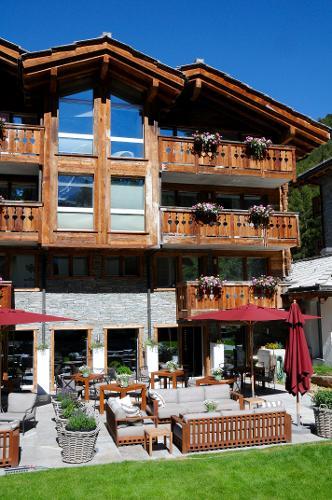 book hotel matthiol zermatt switzerland. Black Bedroom Furniture Sets. Home Design Ideas