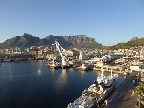 Book the table bay hotel cape town south africa for Table bay hotel quay 6