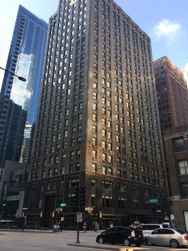 warwick allerton hotel chicago in chicago. Black Bedroom Furniture Sets. Home Design Ideas