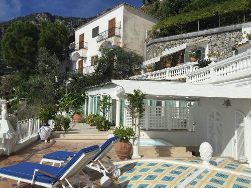 Book villa boheme exclusive luxury suites positano for Exclusive luxury hotels