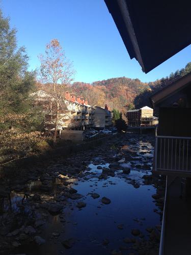 Book Rocky Waters Motor Inn Gatlinburg Tennessee